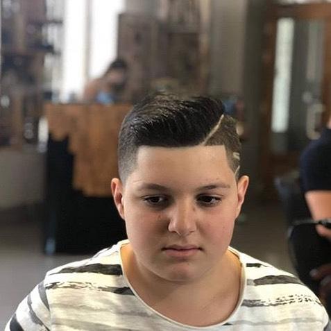 Coupes de cheveux des hommes populaires 2019 boxe et semi-boxe