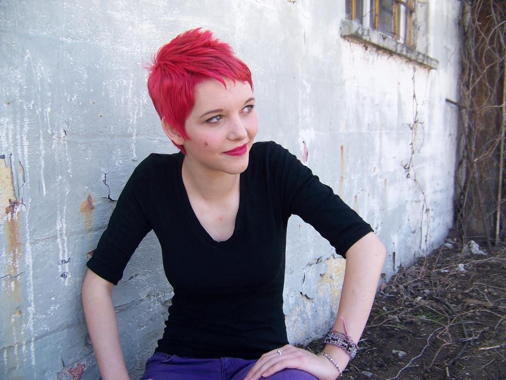 Coupes de cheveux rouges très courtes 2021
