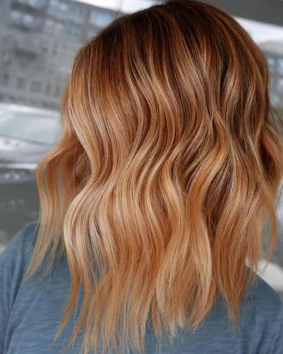 13 Tendances Coloration 2021: Cheveux blonds fraise